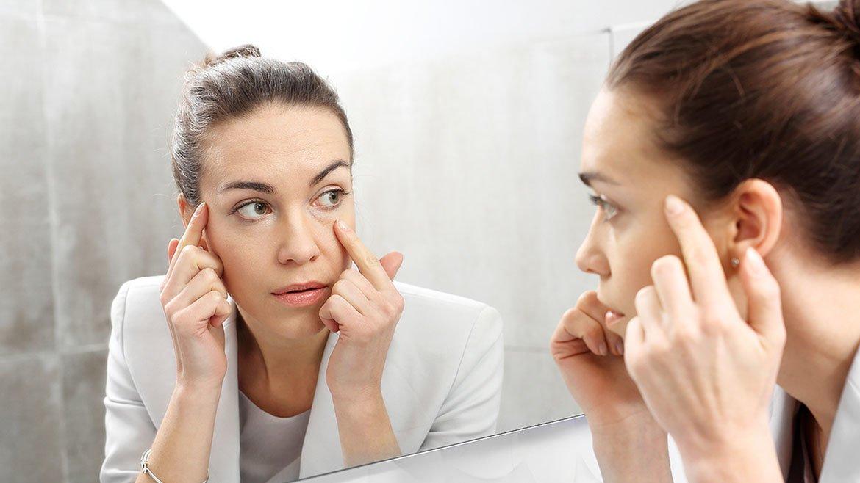 Comment enlever les poches sous les yeux quand les crèmes ne fonctionnent pas ?